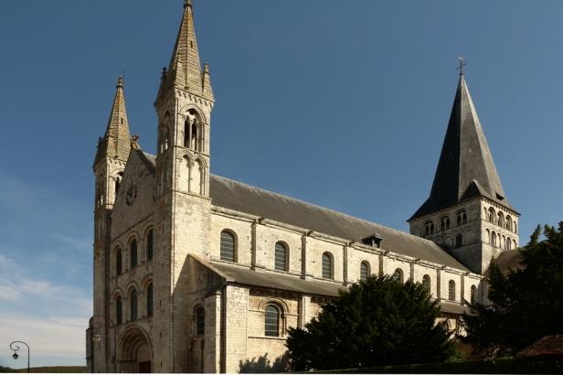 abbaye-saint-georges-de-boscherville-07-balades-en-france-guy-peinturier